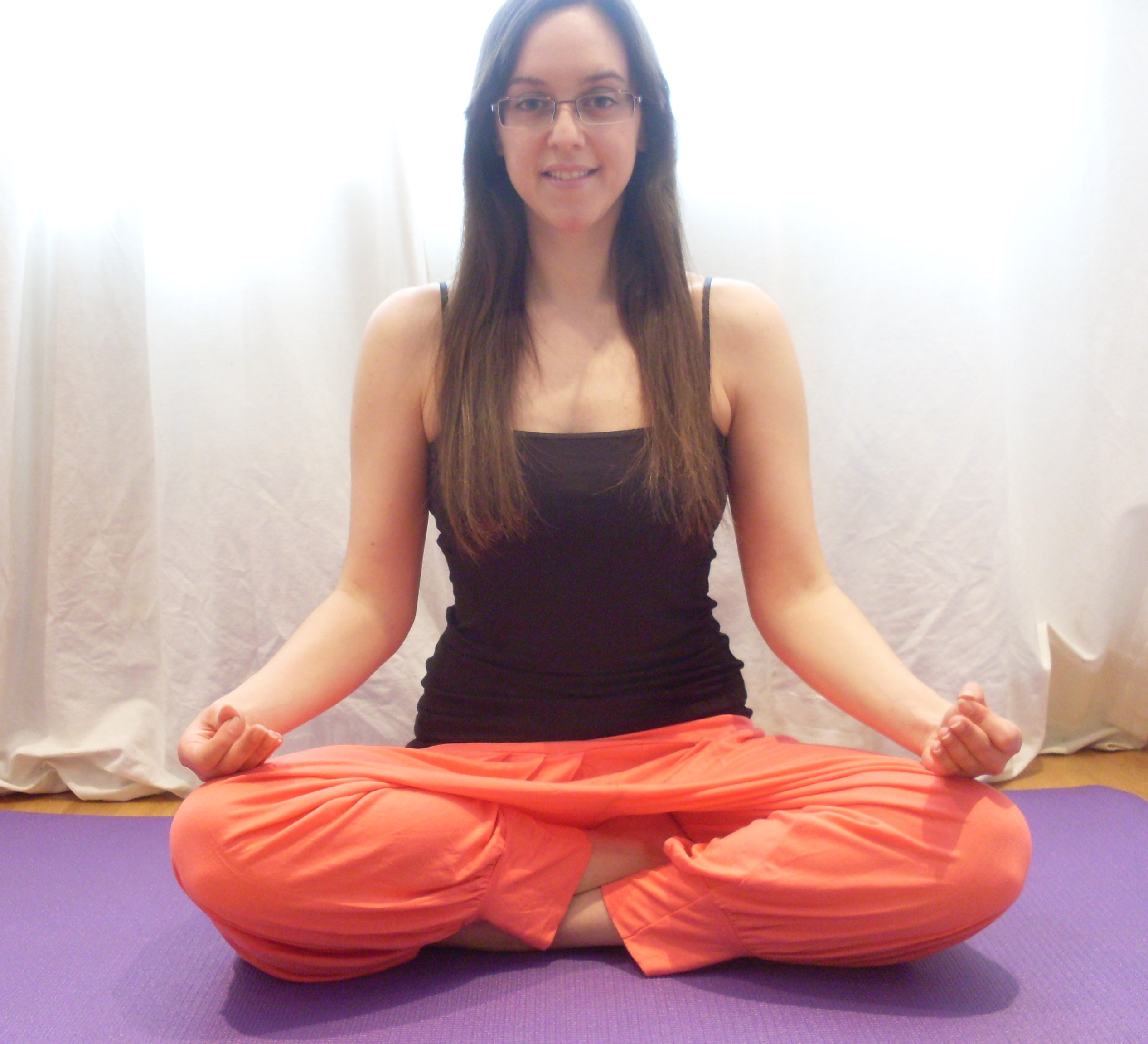 I teach feel good yoga classes in Cambridge UK. Classes